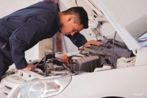 Визуальный осмотр технического состояния автомобиля