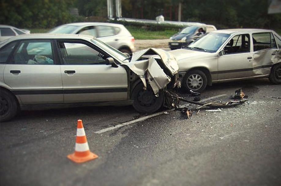 Нужно ли менять полис ОСАГО при замене водительского удостоверения — как восстановить КБМ страховки после смены прав