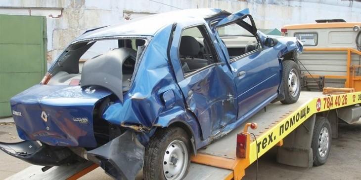 Уничтоженный автомобиль